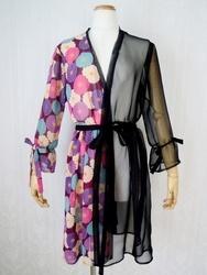 【サイズL】ギャザー袖和柄シースルー羽織(半身レトロ菊・紫)