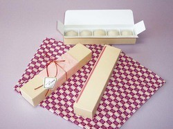 ミニ大福5個箱 300枚
