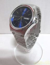 CASIO クォーツ・アナログ腕時計 本体のみ 1333