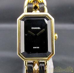CHANEL クォーツ・アナログ腕時計