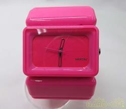 NIXON クォーツ・アナログ腕時計