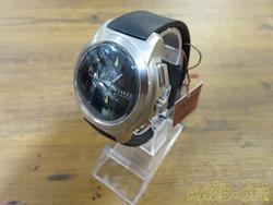 TAKEO KIKUCHI クォーツ・アナログ腕時計 V657-0C00