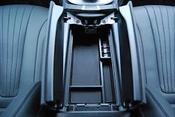 E-Class W213用 s.d.f  star design factory社製 アームレスト コンソールBOX