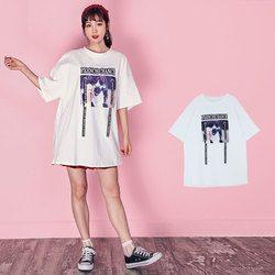 ユニークプリントTシャツ